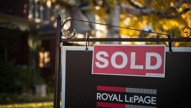 Total number of new mortgages slumped in Q2: CMHC